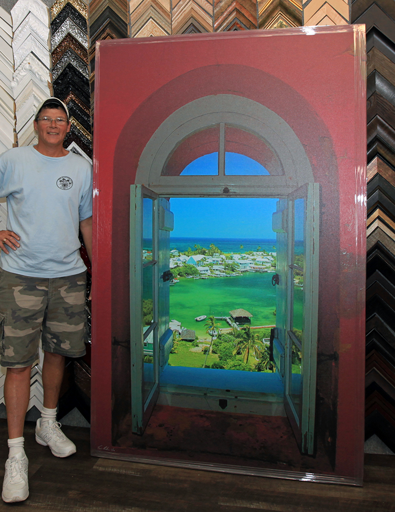Tim with his Hope Town Lighthouse photo